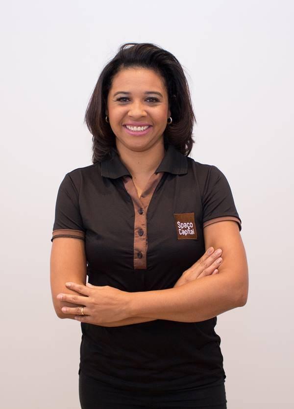 Cléia Gomes - Manicure e Pedicure