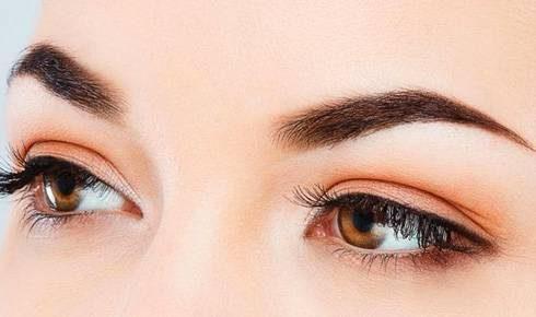coloracao-de-sobrancelhas